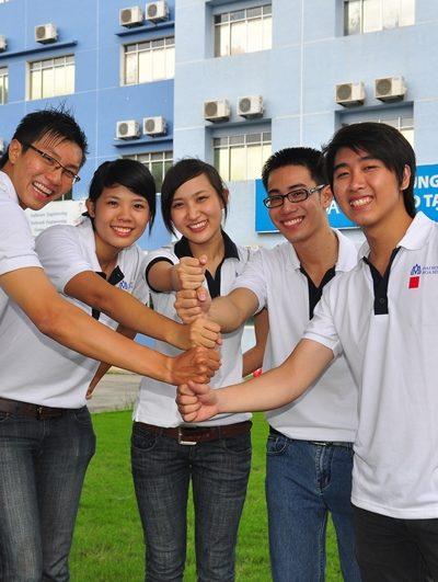 Đồng Phục Sinh Viên Đại Học Hoa Sen 41